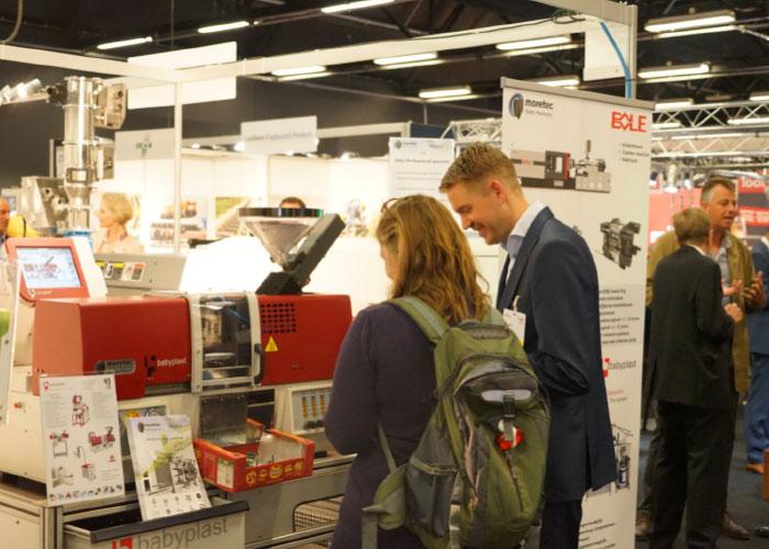 Kunststoffen 2021 zet de technisch waardevolle kant van kunststof en rubber centraal en belicht actuele thema's.