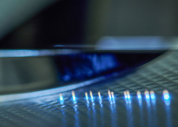 De Kubernetes software wordt bijvoorbeeld ingezet bij de besturing van ultrakorte puls lasers. Wetenschappers onderzoeken momenteel het automatisch analyseren van meetdata.