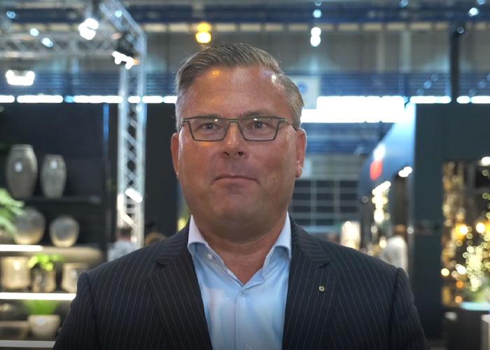 """""""We are back in business"""", zegt Jeroen van Hooff, ceo van Easyfairs, in een korte video vanaf de beursvloer van Trendz"""