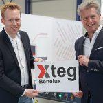 Rogier Verdegem van Xteg Benelux (l) en Harald Kunz van Xteg GmbH brengen met de nieuwe vestiging in Enschede de fiberlasersnijmachines van HGTECH naar de Benelux.