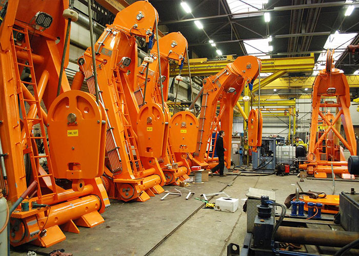 sco IJmuiden is actief in de Dredging- en Offshore markt, gespecialiseerd in engineering van nieuwbouw en aanpassingen, montage en onderhoud aan boord van schepen.