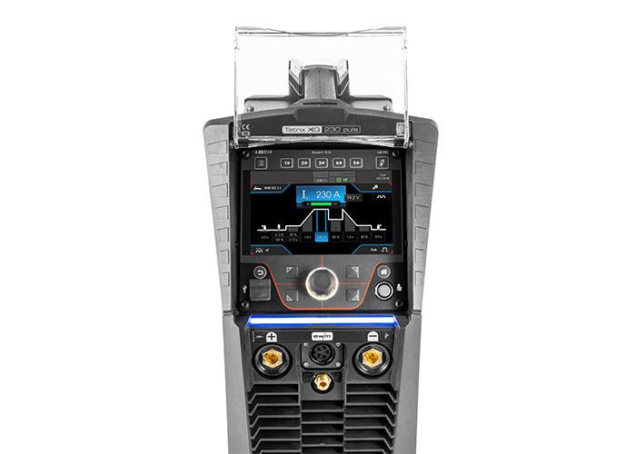 De nieuwe Tetrix XQ 230 van EWM maakt hoogwaardig TIG-lassen mogelijk. EWM heeft zich bij de ontwikkeling van dit lasapparaat vooral toegelegd op verbeterde gebruiksvriendelijkheid.
