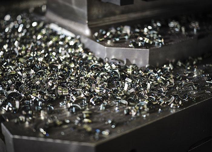 Chips geproduceerd uit een Staal 42CrMo4-bewerking met behulp van de M1600-frees.