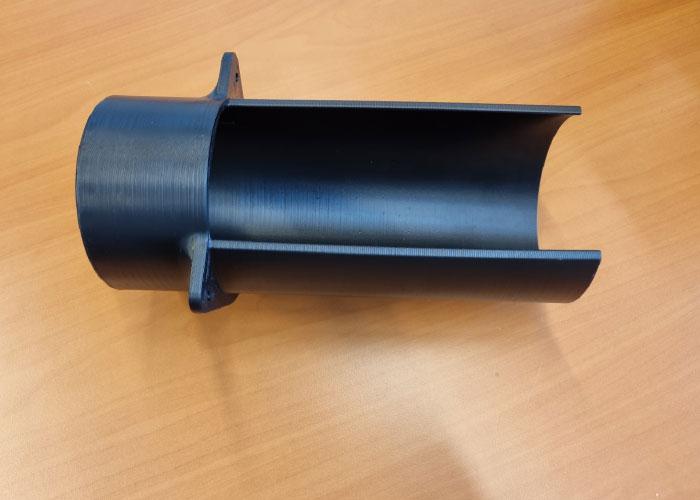 3D-print bedrijf Alp3D optimaliseerde het design van het mondstuk van de afzuiging in een productielijn in testfase bij VDL.