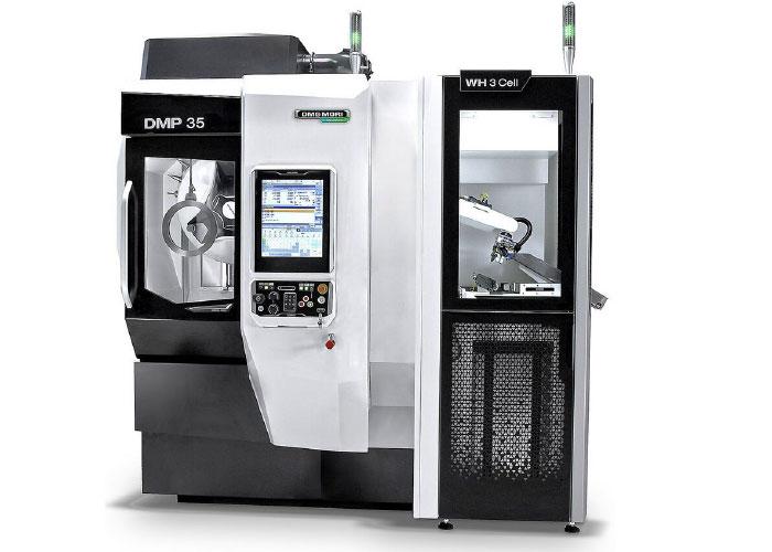 De DMP 35 is een compact bewerkingscentrum voor vijfassig simultaan frezen.