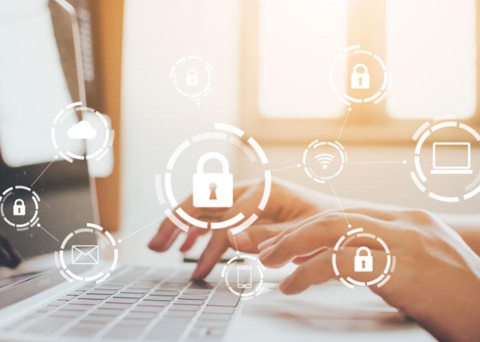 Om de veiligheid van de data in de cloud te waarborgen, legt ECI de nadruk op cybersecurity.