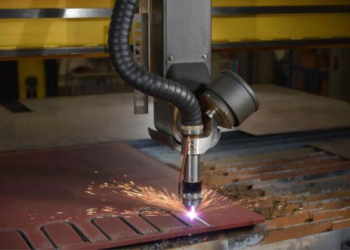 SquareCut Technology kan de snijsnelheid verdubbelen zonder de hoek van de snijkanten te vergroten, de hoek van de snijkanten verkleinen tot 0-1 graad en de cilindriciteit verbeteren op gaten met een diameter tot 6 mm.
