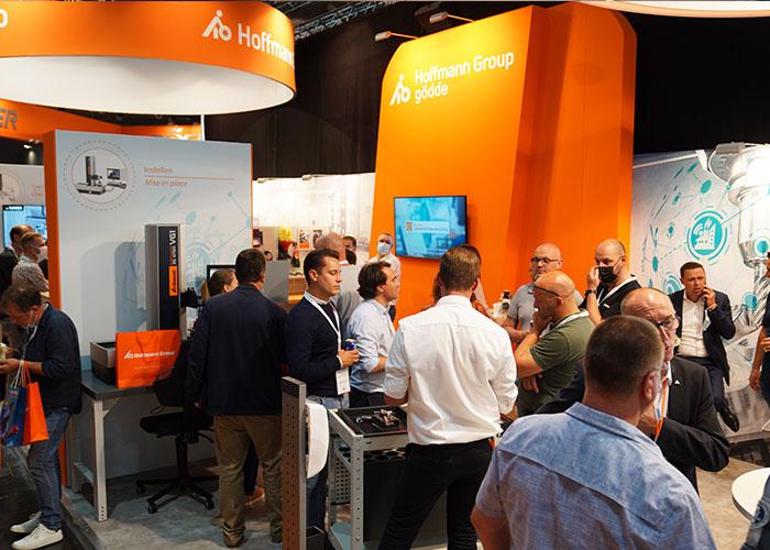 De meeste bewerkingstechnologie (lassen, snijden, buigen, ponsen, verspanen, 3D printen) was dan ook effectief in demo te zien op de beursvloer.