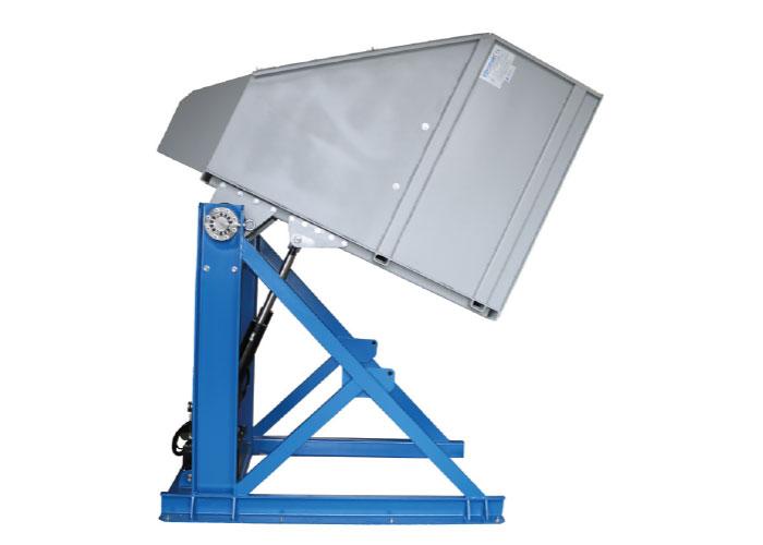 Vibromak heeft een speciaal beladingsysteem ontworpen voor een ontbraaminstallatie die Topfinish heeft geleverd voor onderdelen van vrachtwagens.