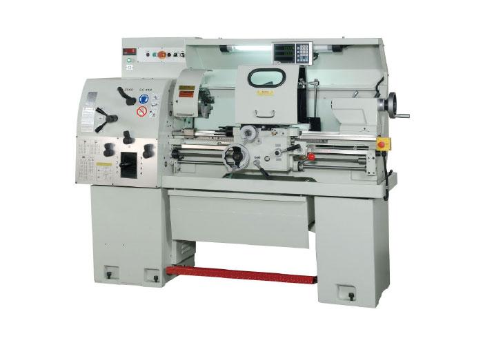 Wolthuis presenteert op METAVAK diverse nieuwe machines, waaronder een Jessey draaibank.