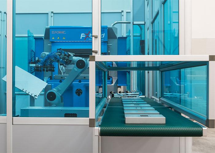 Euromac biedt keuze uit een viertal standaard FX-buigcellen cellen op basis van buigcapaciteit, buiglengte en een Kuka robot voor 10 kg en 60 kg werkstukgewicht.
